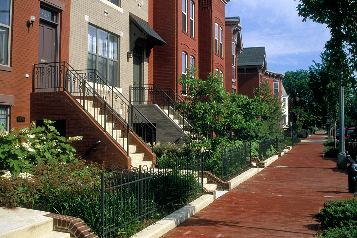 Built to replace Ellen Wilson housing project, townhouses are a mixed-income model