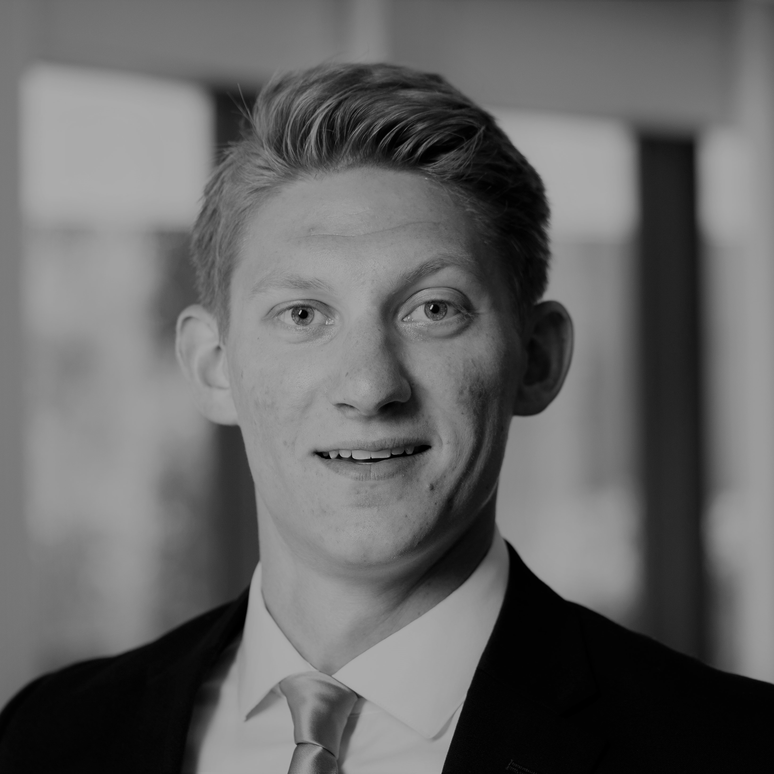 Lloyd Grosklags - Financial Analyst